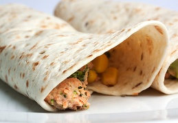 May 25 - Wraps with creamy salmon