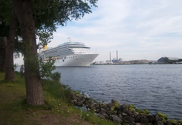 Jul 20 - Cruiseship