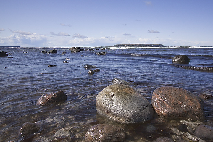 We made a wonderful drive along a part of the west coast of Gotland.